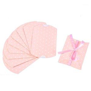 100pcs Douche Papier Papier Oreiller Favor Cadeau Boîtes Candy Colorful Paperboard Shape Boîte Candy Boîte De Mariage Décoration Bonbons Cadeau Pink1