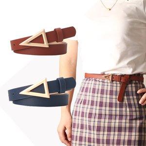Explosions de célébrités en ligne Courroies de dames Corean Fashion Joker Robe Belt Fabricants avec ceintures à boucle triangulaire