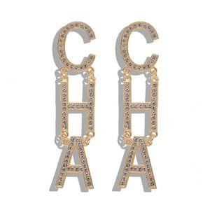 Nueva complementos de lujo popular de la manera exagerada grande de diamantes brillantes Carta CHA gota largos aretes de lámparas de techo cuelgan de las mujeres gilrs