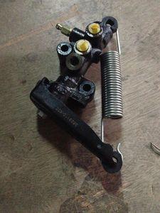 Great Wall Hover CUV Hover H3 carga del freno de detección de dosificación de la válvula de dispensación de la válvula original de CC3523110-K01-A1 gMCQ #