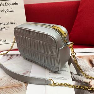 kadın çantaları Deri kaliteli garavini rockstud başak Capucines Perçin çanta Crossbody Çanta için 2020 yeni moda çanta omuz çantası
