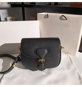 2020 Nuevas Mujeres Moda Bolso Bolso Hombro Negro Azul Letra Bordado Sillín Bolsa Muchacha Lady Messenger Bags Bolsas de cintura Crossbody