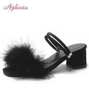 Aphixta 100% echte Straußfeder Sandalen Frauen Schuhe Fell Quadratische Ferse Dame Dual Nutzung Mujer Keile Indoor-Rutschen Plus Größe 34-44 x1020