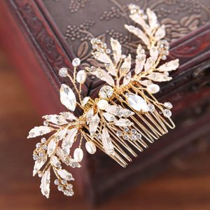 Luxury Hair Accessories For Noiva Vintage Gold Metal Leaf Crystal Hair Comb Bridal Wedding Pins Women Party Jewelry