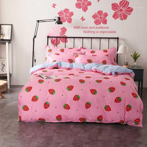 4pcs set girls Princess bedding sets Duvet covers set Pink strawberry plaid flat bed sheet Twin full Queen King size bedclothes1