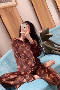 pyjama en polaire corail femmes automne / hiver lâche talonnage l'usure de la maison, pyjamas d'usure costume manches longues pour femmes, agréables au toucher / très doux et