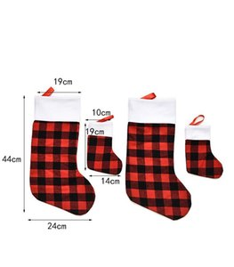 Christmas Stocking Red and Black Buffalo Plaid Fireplace Hanging Socks Storage Candy Bag Family Holiday Xmas Party Decoration BWE3047
