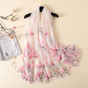 Nouveau foulard de soie pour les femmes d'impression Magnolia enveloppe de châle pashmina grand été foulards de soie crème solaire Crocodile rides écharpe Y201007