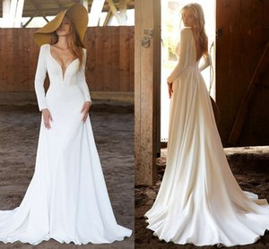 2021 Simple Country Wedding Dresses Satin Plunging V Neck Long Sleeves A Line Bohemian Bridal Gowns Backless Long Robe De Mariage AL8384