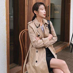 2020 Boutique automne Kaki Windbreaker de style anglais Femme Wild Femmes Trench-patte avec ceinture D0801