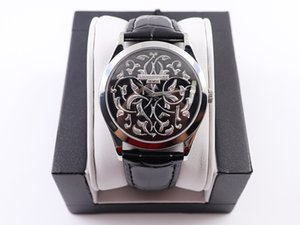 FL Enamel 새로운 남성 손목 시계 크기 38.6mmippedwith 원래 두 개의 바늘 진주 Tuocal.240movement의 사용자 정의 버전 일정 fi 없음