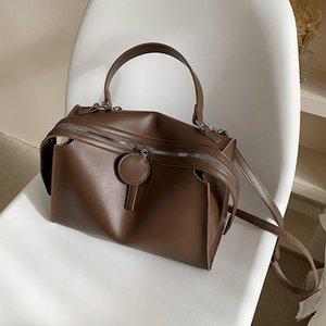 حقائب الكتف سعة كبيرة السيدات اليد 2021 الأزياء الإناث حقائب اليد جودة عالية المرأة عارضة مصمم حقيبة crossbody
