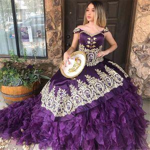 Mexcian Charro Quinceanera Dresses Damas 2021 Purple Organza Satin Gold Applique Off The Shoulder Sweet 16 Dress Ruffles Ball Gowns Prom