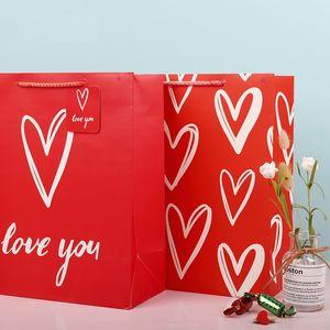 Valentine Love cadeau sac de cadeau de coeur rouge shopping cadeau cadeau sac de conditionnement blanc kraft papier petit grand sac d'emballage EEF3918