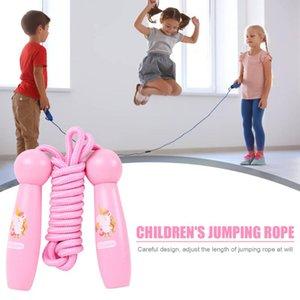 Niños Cuerdas para saltar a manija de madera Kinder Deportes físico culturismo de la historieta encantadora ajustable Skipping Rope 5 colores