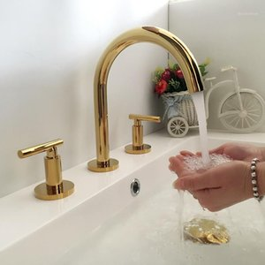 Tuqiu Baño Grifo Gold Gold Widespread Basin Faucet Black Tap Luxury Basin Mixer Hot and Fr frief Rood Shower Sink1