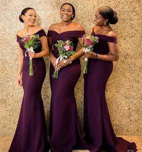 Regency Africano Fuera del hombro Vestidos de dama de honor largos de satén Vestidos de arrastre de barrido ruchado Boda para el invitado Dama de honor Vestidos BM0850