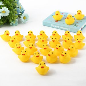 Children bathing little ducks, vinyl playing in water, little yellow ducks, mini baby vocalization puzzle toys
