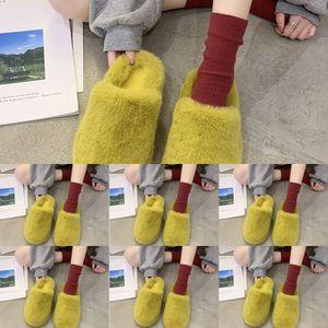 I1ON JSC6F Designer Slippers Luxury Fashion Cord Rempowwork Sculples de alta calidad Falt Fashion Slipper Flop Chunky Heel Flip Láfese