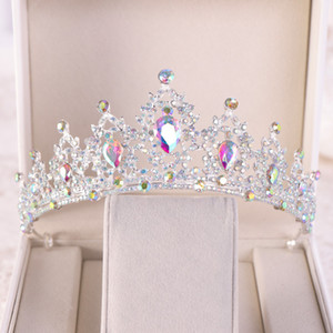 Bridal Crown Three-piece Headwear Atmosphere Super Fair Princess Wedding Birthday Crystal Necklace Accessories