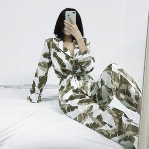 HiLoc Banana Leaf Robe Ensembles manches longues en satin Pyjama Set Tropical graphique 2 Piece Femmes Accueil Costume de nuit Sets Peignoir 2020 C1115