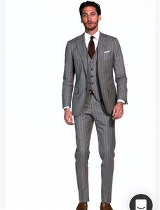 Custom Mad Groomsmen Notch Lapel Groom Tuxedos Grey with Stripe Men Suits Wedding Prom Dinner Best Man Blazer ( Jacket+Pants+Tie+Vest ) K741