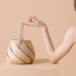 2020 British fashion simple drum bag womenswear designer handbag high quality PU leather new single shoulder bag bolll-1