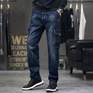 Мужские джинсы idopy мужские грузы моды много кармана работают синие винтажные разорванные расстройные джинсовые брюки для мужского пола плюс размер