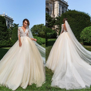 2020 Crystal Design Lace Champagne Ball Gown Wedding Dresses With Long Sleeves Sheer Jewel Neck Plus Size Bridal Gowns robes de mariée