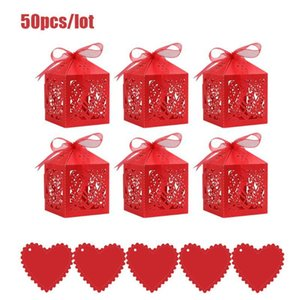 50Pcs set Love Heart Laser Cut Hollow Carriage Favors Gifts Candy Boxes With Ribbon Baby Shower Wedding Party Supplies