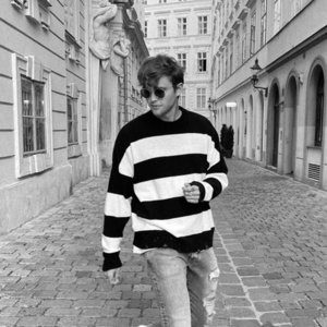 20FW European Vintage Black White Stripe Crewneck Sweater High Quality Fashion Mens Women Couple High Street Woolly Sweater HFXHMY028