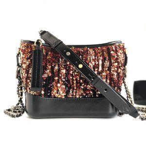 Nell'ultima moda 983510 le borse delle donne decorano l'intera borsa con perline il corpo è il fondo di vacchetta dei sacchetti di intreccio in fibra di vacchetta