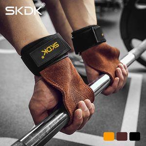 Skdk Grips Cowhide Weight Lifting Gloves Gym Fitness Grip Pads Muñeca Wraps Soporte CrossFit Deadlifts Formación Guantes de entrenamiento Q0108