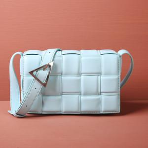 2020 Neue Designer Ankünfte Designer Leder Taschen Kissen Körpermode Gewebt Frauen Handtaschen Taschen Beiläufige Luxus Frau Brieftasche Schulter
