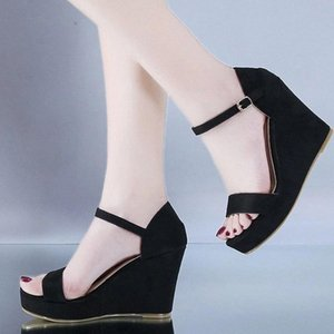 Femmes Sandals Sandals de fond épais Dames Summer Fashion Chaussures Boucle Femmes Casual Casual Chaussure Confortable Chaussure Femelle Chaussures # Up43