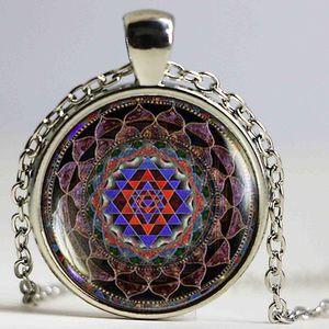 Sri Yantra mandala budista de pingente de cristal Handmade DIY Jóias Geometria Sagrada Glamour Jóias Moda
