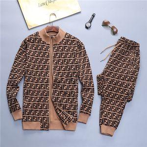 Moda in esecuzione il progettista del mens MONCL tute tuta sportswear Felpa con cappuccio + pantaloni casual giacca 20ss donne di alta qualità a due pezzi M-3XL