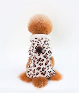 Mercan Kadife Köpekler Tulum Dört Bacaklar Leopar Baskı Köpek Giyim Küçük Köpek Pet Giysileri Sonbahar Kış Sıcak Yeni 5kl J2