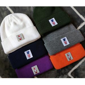 Bearbrick Beanie Winter Hats For Men Women Ladies Acrylic Cuffed Skull Caps Knitted Hip Hop Harajuku Casual Ski Skullies Outdoor