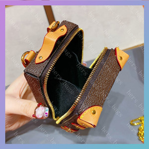 여성 Luxurys 디자이너 가방 2020 Mens Wallet 남자 신용 카드 홀더 코인 지갑 키 핸드백과 꽃 트렁크 모양의 주머니 지갑