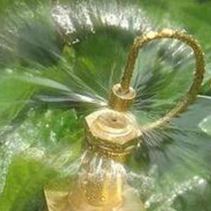 الانقسام المياه رذاذ الفوهات الانكسار النحاس الصغيرة رشاشات الحدائق اللوازم التفتيت الرشاش الخرطوم