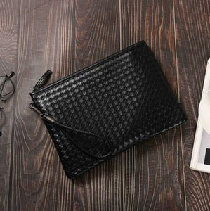 Factory wholesale men handbag fashion hand-woven clutch envelope bag new large woven leather business package trend leather storage wallet