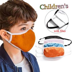 Masque de coton pour enfants Pure Couleur Visage Masque avec filtre Enfants Enfants Lavabos Coton anti-poussière Respirant Masques à la bouche pour enfants Livraison gratuite