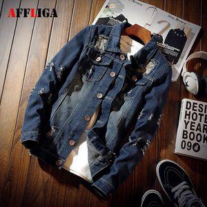 Neue Modedesigner-Brand Jeans Jacket Men Herbst Hip Hop Demin Jacke Männlich Loch Taschen Einreiher Herren Jacken und Mäntel