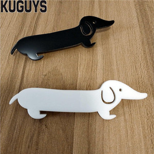 New style fashion acrylic jewelry antique wax dog lady brooch animal dog collar brooch bag brooch fashion accessories