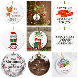 17style 2020 Ceramic Christmas Ornaments 3 Inch Round Christmas Tree Pendant Santa Wearing a Mask Christmas Decorations GGA3786