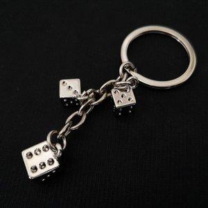100pcs / lot Novo Metal Cubo Dado chaveiro liga de zinco Big and Small Dice Chaveiros Keyholders Casino presentes 2020new