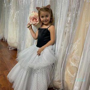 Mädchen Kleider Baby Mesh Gaze Lace Black Dot Printiskirt Mädchen Tutu Rock Prinzessin Kleid Sommer Party Röcke Ballkleid CZ430
