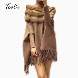 Женщины Real Fur Cloak пуловер Новое прибытие моды осень и WinterLady Высокий воротник Бат рукава кисточкой пончо свитер