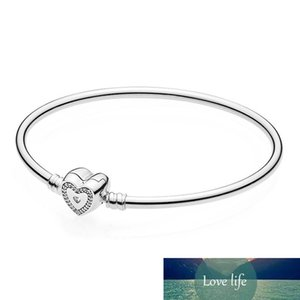 New S925 Silver Forever Family Family Harmony Love Heart-shaped Clasp Bangle Women Sterling Silver Bracelet Christmas Gift